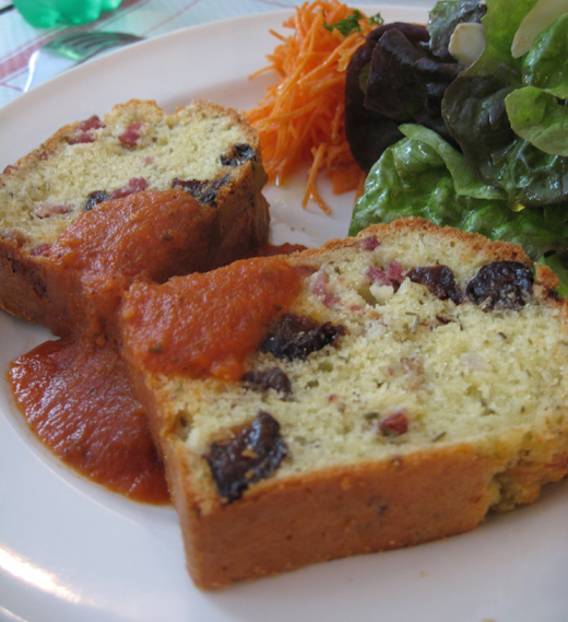 cakes pruneaux lardons romarin