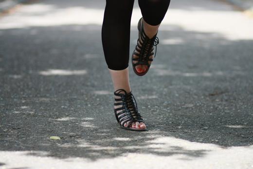 sandales doc martens