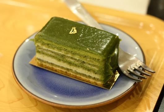 ... green tea cake should green tea white chocolate sponge cake green tea