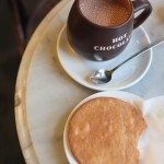 lanskroon-hot-chocolate-stroopwafel-honey-caramel